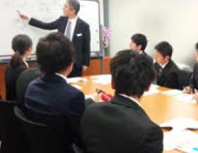 学生個々のニーズに合わせた企業訪問